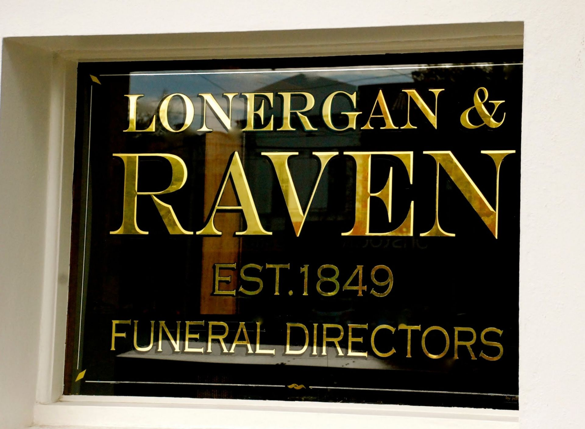 Gold Leaf Signs & Signwriting Gallery » Gold Leaf Gilding by